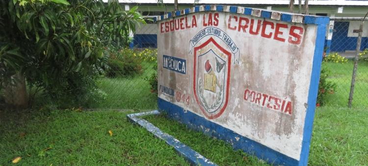 La Esuela de Las Cruces